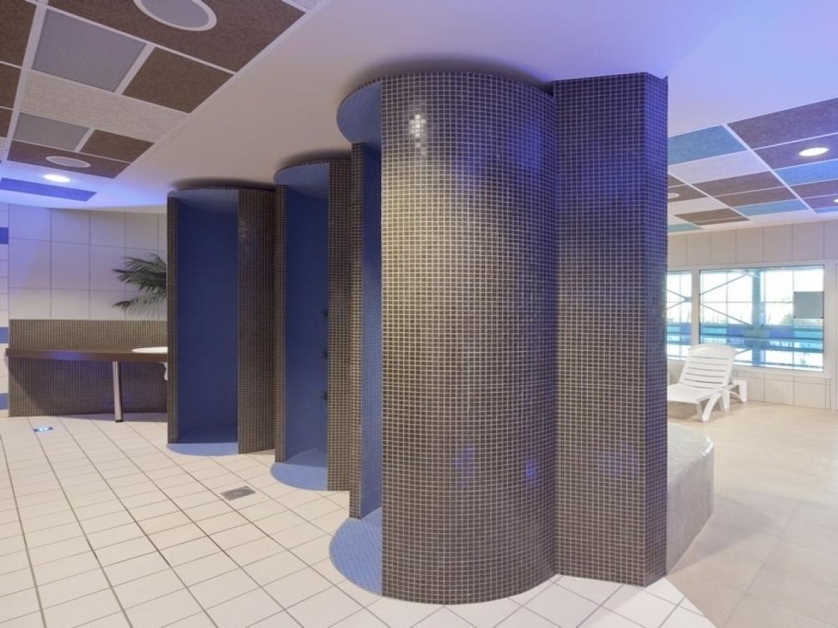 Billet les bains de minerve peyriac piscine hammam sauna for Piscine hammam sauna